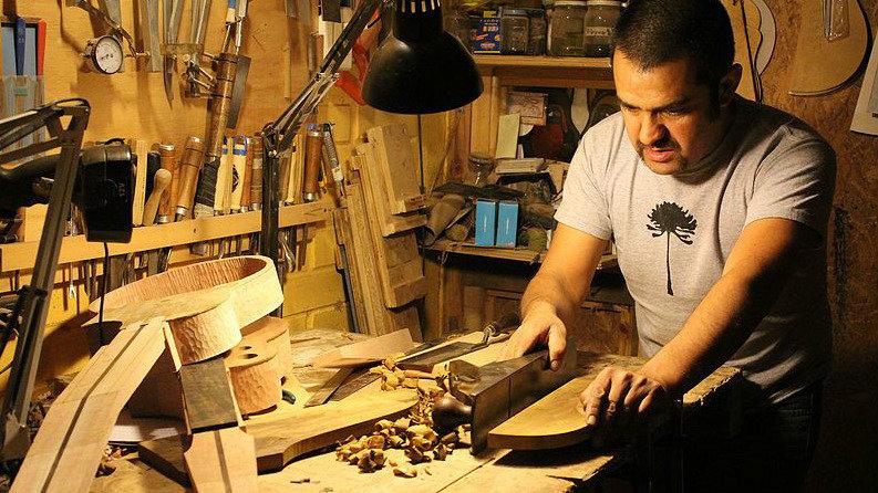 Guarnicionero, luthier, panadero o ebanista, oficios muy