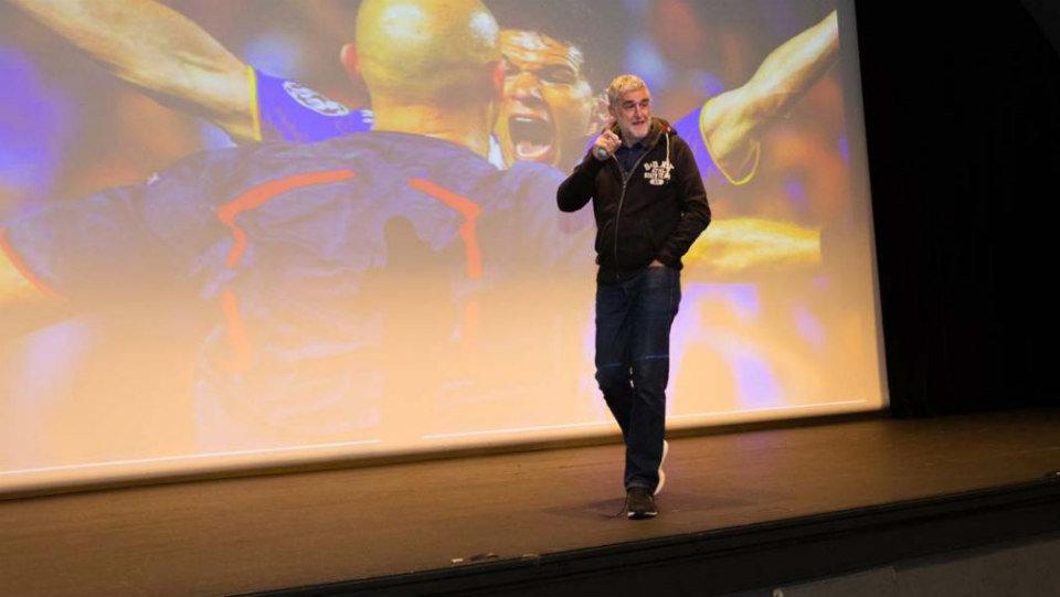 Juan Manuel López Iturriaga enseña a emprender a los jóvenes