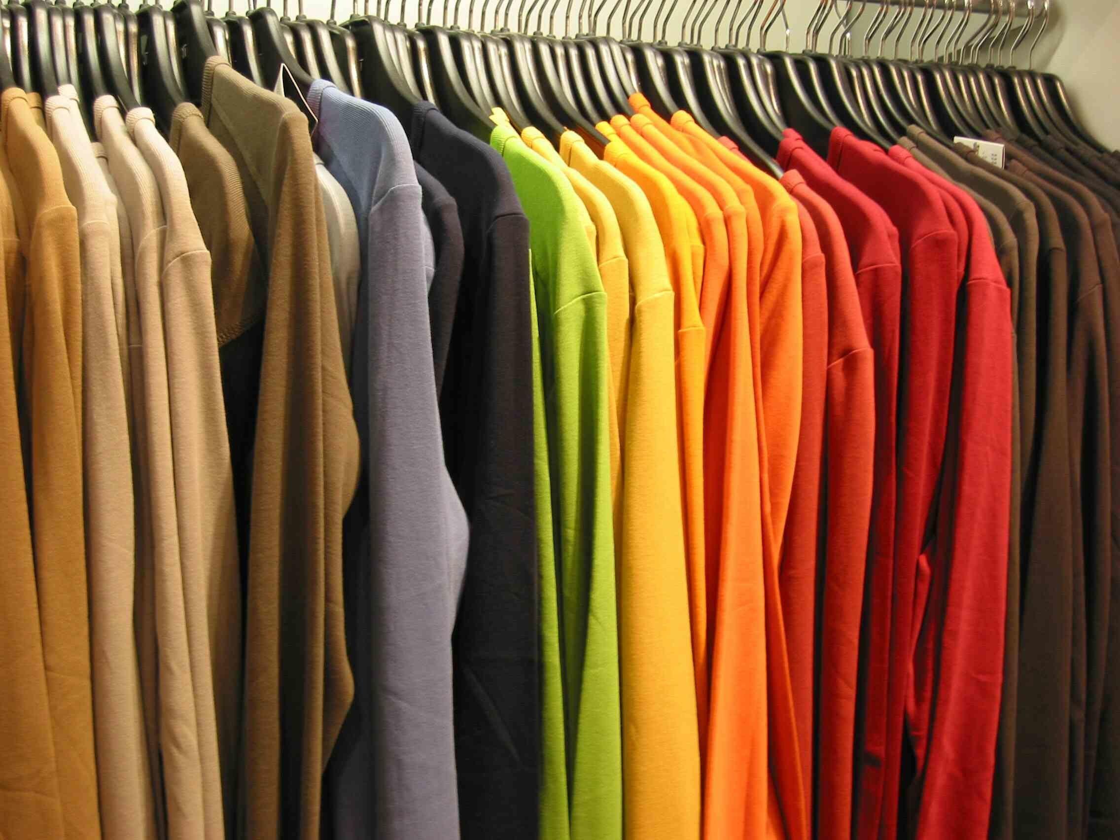 642dc42bc249a ¿Publicidad en camisetas  Sí