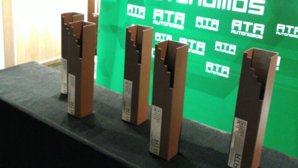 Policía y Guardia Civil ganan el Premio Autónomo del Año 2018