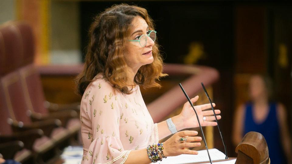 Montero asegura que disminuirá la fiscalidad de los autónomos