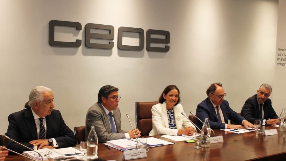 C4_Comercio_CEOE-Reyes Maroto